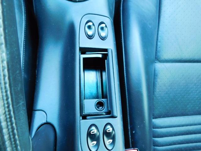 2004 Porsche 911 Carrera 4 / AWD / Convertible / 6-SPEED / 42K MILE - Photo 49 - Portland, OR 97217