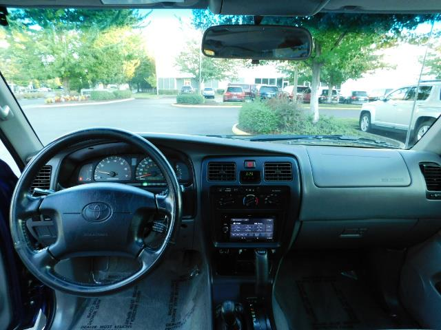 2002 Toyota 4Runner SR5 4X4 V6 DIFF LOCK / Timing Belt+Water Pump Done - Photo 34 - Portland, OR 97217