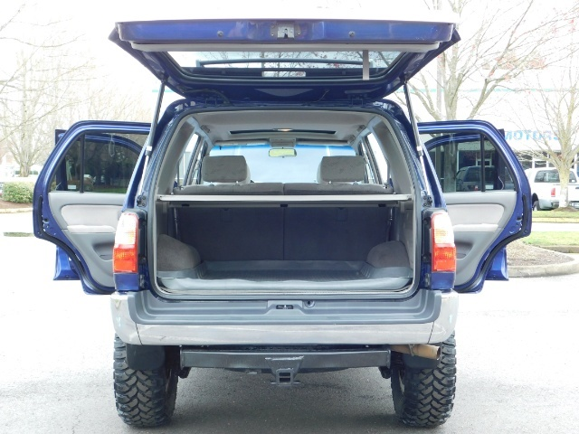 2002 Toyota 4Runner 4X4 V6 DIFF LOCK / Timing Belt Done / LIFTED !!! - Photo 27 - Portland, OR 97217