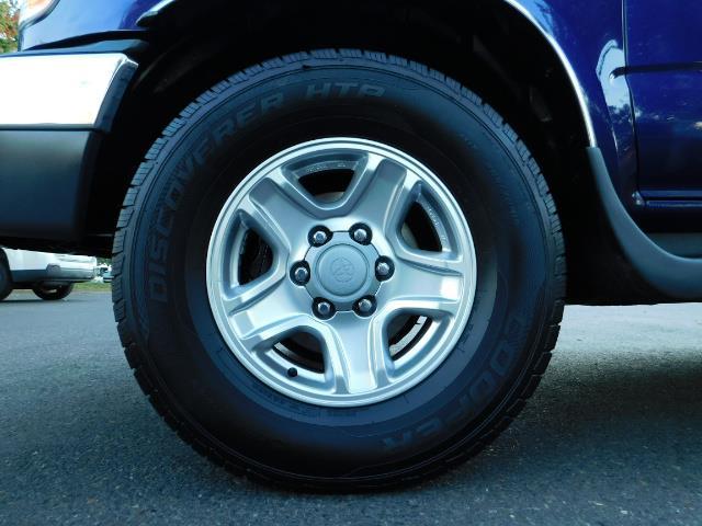 2002 Toyota 4Runner SR5 4X4 V6 DIFF LOCK / Timing Belt+Water Pump Done - Photo 42 - Portland, OR 97217
