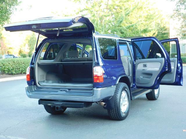 2002 Toyota 4Runner SR5 4X4 V6 DIFF LOCK / Timing Belt+Water Pump Done - Photo 28 - Portland, OR 97217