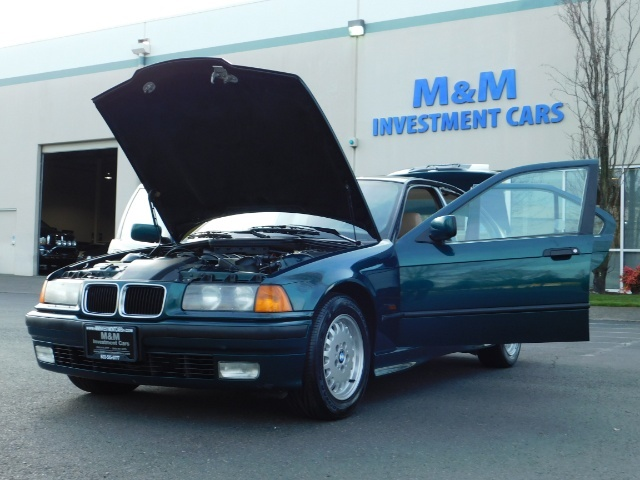 1996 BMW 328i / 4Dr  / Leather / 5-SPEED MANUAL / 1-OWNER - Photo 25 - Portland, OR 97217