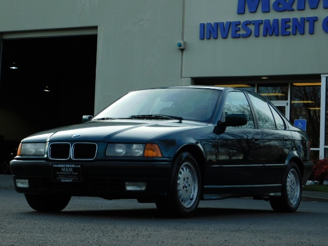 1996 BMW 328i / 4Dr  / Leather / 5-SPEED MANUAL / 1-OWNER - Photo 42 - Portland, OR 97217