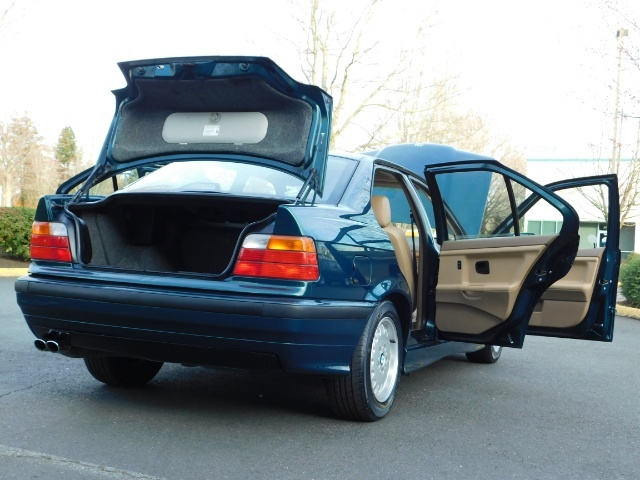 1996 BMW 328i / 4Dr  / Leather / 5-SPEED MANUAL / 1-OWNER - Photo 30 - Portland, OR 97217