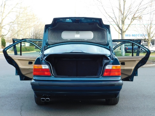1996 BMW 328i / 4Dr  / Leather / 5-SPEED MANUAL / 1-OWNER - Photo 28 - Portland, OR 97217