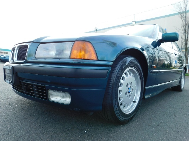 1996 BMW 328i / 4Dr  / Leather / 5-SPEED MANUAL / 1-OWNER - Photo 9 - Portland, OR 97217