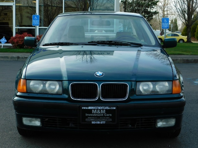 1996 BMW 328i / 4Dr  / Leather / 5-SPEED MANUAL / 1-OWNER - Photo 5 - Portland, OR 97217