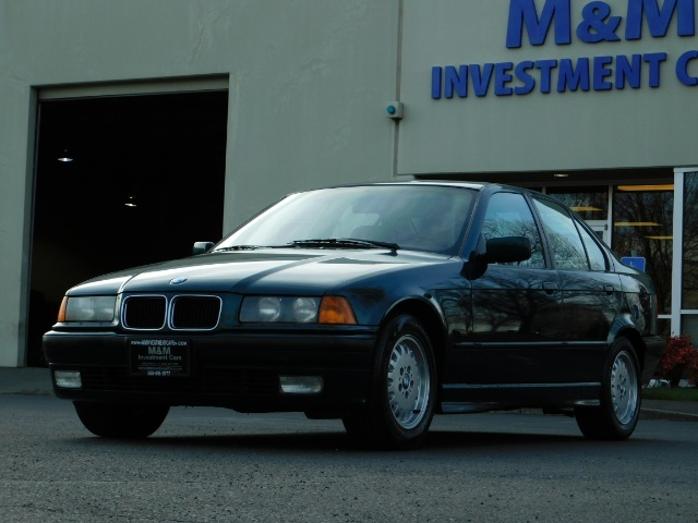 1996 BMW 328i / 4Dr  / Leather / 5-SPEED MANUAL / 1-OWNER - Photo 43 - Portland, OR 97217