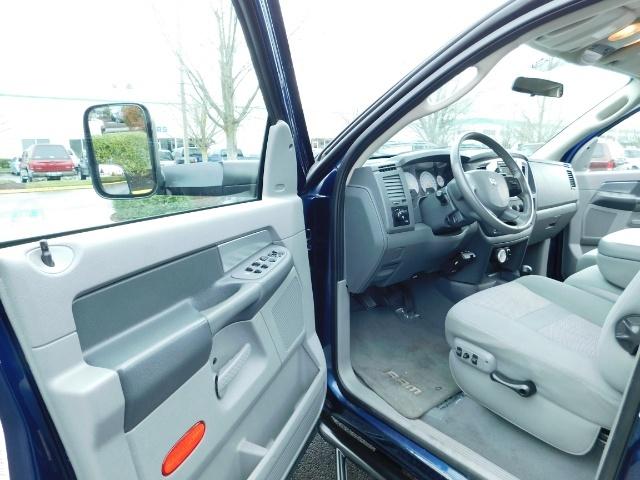 2007 Dodge Ram 2500 SLT BIGHORN / 4X4 / 5.9L Cummins DIESEL / Excel Co - Photo 13 - Portland, OR 97217