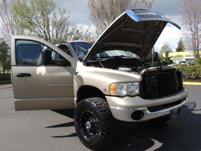 2004 Dodge Ram 3500 SLT 4dr Quad Cab / 4X4 / 5.9L DIESEL / 6-SPEED MAN - Photo 31 - Portland, OR 97217