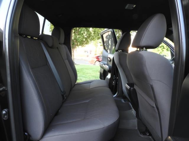 2017 Toyota Tacoma TRD 4X4 CUSTOM / WINCH / PRO COMP LIFT / 3 K MILES - Photo 17 - Portland, OR 97217