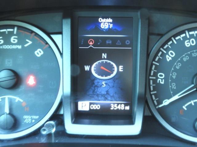 2017 Toyota Tacoma TRD 4X4 CUSTOM / WINCH / PRO COMP LIFT / 3 K MILES - Photo 22 - Portland, OR 97217