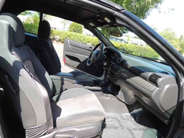 2004 Chrysler Sebring Touring / Convertible / ONly 74K MILES - Photo 20 - Portland, OR 97217