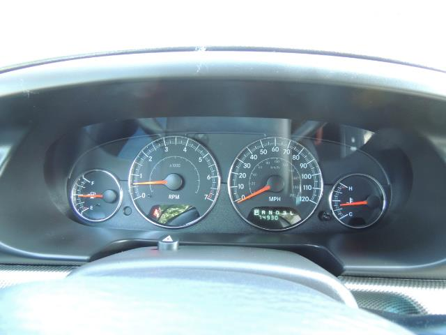 2004 Chrysler Sebring Touring / Convertible / ONly 74K MILES - Photo 47 - Portland, OR 97217