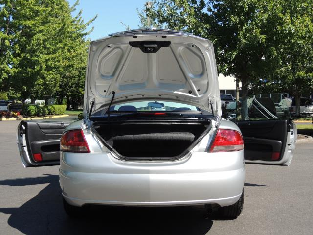 2004 Chrysler Sebring Touring / Convertible / ONly 74K MILES - Photo 28 - Portland, OR 97217