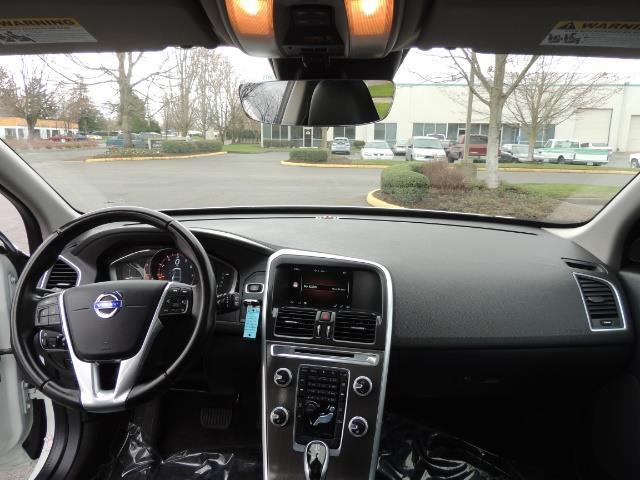 2016 Volvo XC60 T5 Premier / AWD / Leather / Navi / Pano Sunroof - Photo 43 - Portland, OR 97217