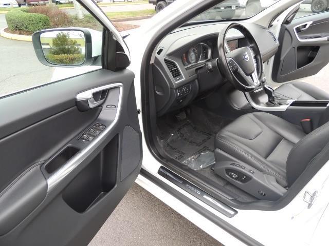 2016 Volvo XC60 T5 Premier / AWD / Leather / Navi / Pano Sunroof - Photo 58 - Portland, OR 97217