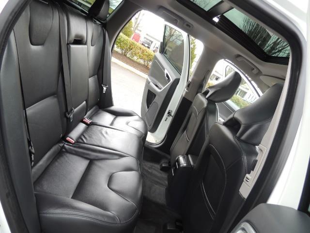2016 Volvo XC60 T5 Premier / AWD / Leather / Navi / Pano Sunroof - Photo 16 - Portland, OR 97217