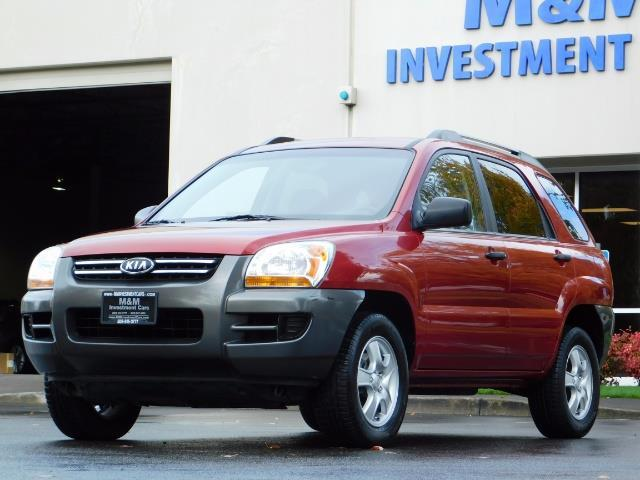 2008 Kia Sportage LX Sport Utility 4-Door / 5 SPEED MANUAL / 97K MLS - Photo 1 - Portland, OR 97217