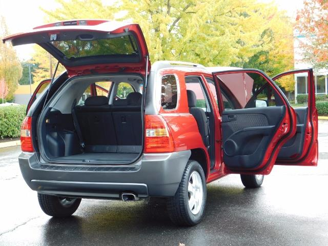 2008 Kia Sportage LX Sport Utility 4-Door / 5 SPEED MANUAL / 97K MLS - Photo 28 - Portland, OR 97217