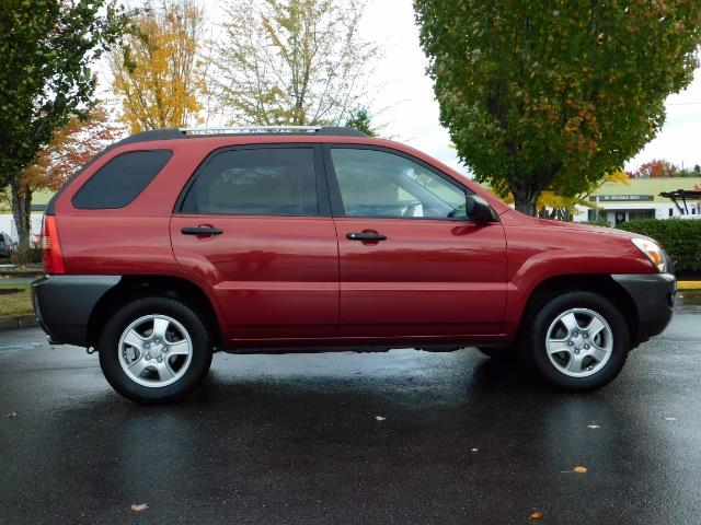 2008 Kia Sportage LX Sport Utility 4-Door / 5 SPEED MANUAL / 97K MLS - Photo 4 - Portland, OR 97217