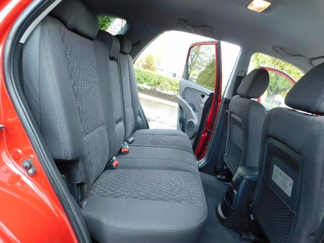 2008 Kia Sportage LX Sport Utility 4-Door / 5 SPEED MANUAL / 97K MLS - Photo 17 - Portland, OR 97217
