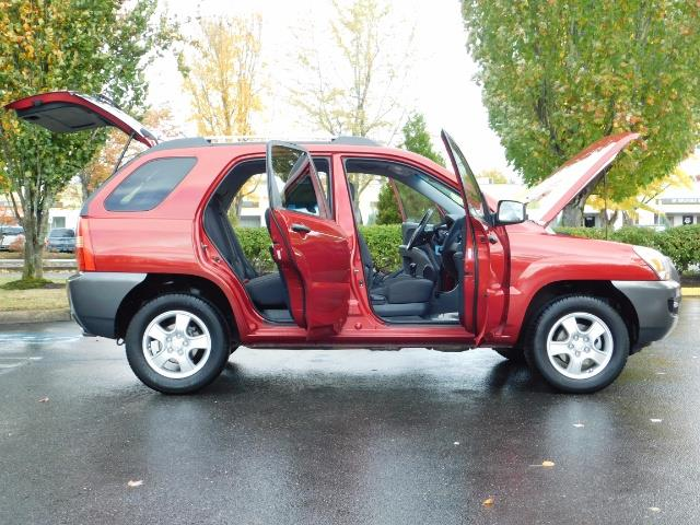2008 Kia Sportage LX Sport Utility 4-Door / 5 SPEED MANUAL / 97K MLS - Photo 22 - Portland, OR 97217