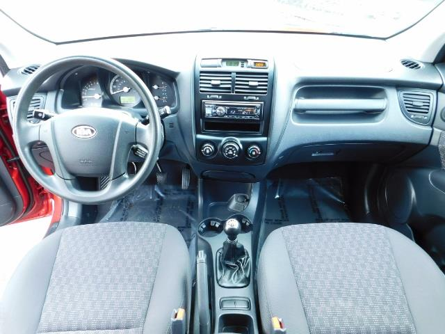 2008 Kia Sportage LX Sport Utility 4-Door / 5 SPEED MANUAL / 97K MLS - Photo 19 - Portland, OR 97217