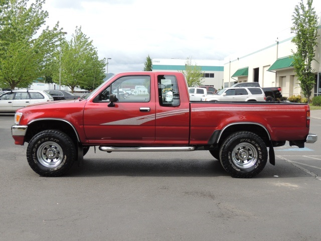 1993 toyota pickup deluxe v6 5 speed manual 4x4 rh mminvestmentcars com 1993 Toyota Extended Cab Truck 1995 Toyota Truck