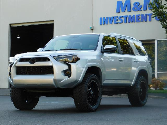 2016 Toyota 4Runner SR5 / 4WD / THIRD SEAT / LIFTED LIFTED - Photo 47 - Portland, OR 97217