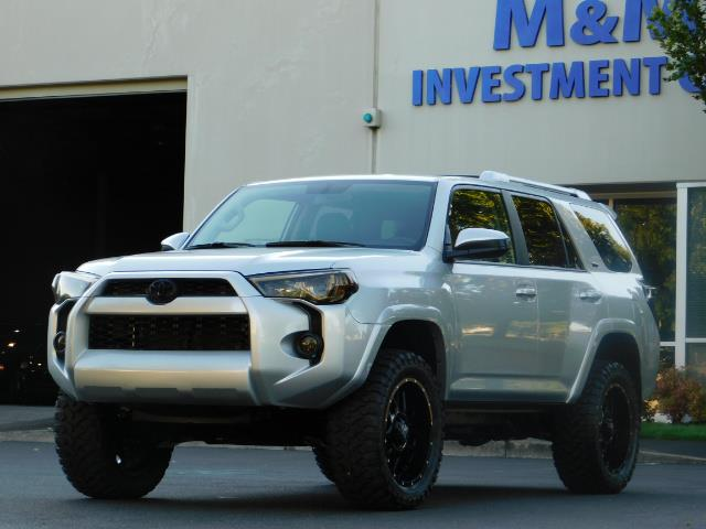 2016 Toyota 4Runner SR5 / 4WD / THIRD SEAT / LIFTED LIFTED - Photo 52 - Portland, OR 97217
