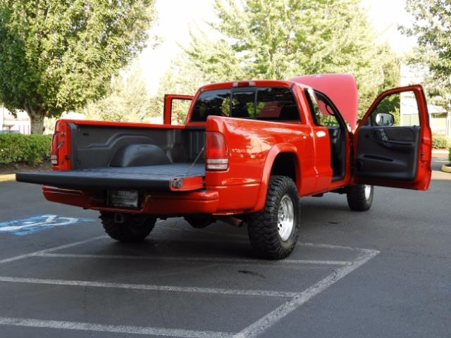2000 Dodge Dakota SLT 4X4 V8 / CUSTOM BUMPER /  WINCH / LOW MILES !! - Photo 37 - Portland, OR 97217