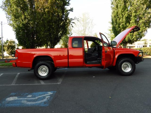 2000 Dodge Dakota SLT 4X4 V8 / CUSTOM BUMPER /  WINCH / LOW MILES !! - Photo 21 - Portland, OR 97217