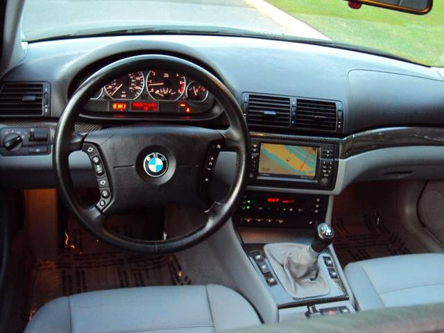 2002 BMW 330xi/ AWD/ Navigation