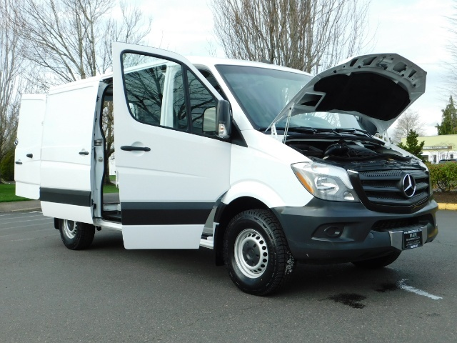 2014 Mercedes-Benz Sprinter Cargo Van 2500 144 WB / V6 DIESEL / Backup Cam - Photo 22 - Portland, OR 97217