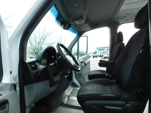 2014 Mercedes-Benz Sprinter Cargo Van 2500 144 WB / V6 DIESEL / Backup Cam - Photo 14 - Portland, OR 97217