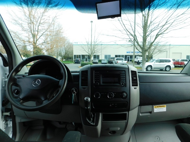 2014 Mercedes-Benz Sprinter Cargo Van 2500 144 WB / V6 DIESEL / Backup Cam - Photo 26 - Portland, OR 97217