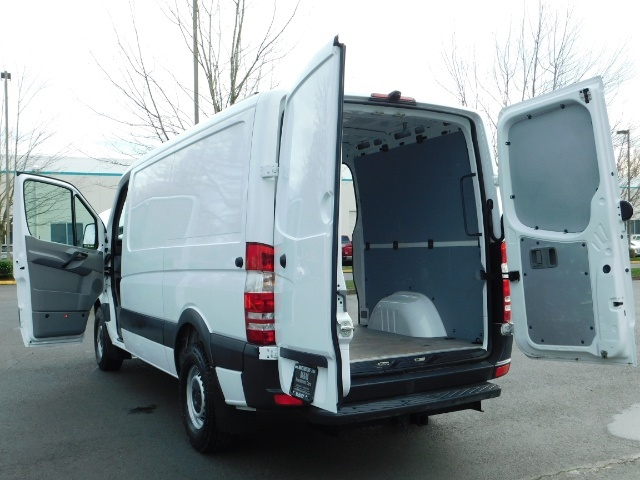 2014 Mercedes-Benz Sprinter Cargo Van 2500 144 WB / V6 DIESEL / Backup Cam - Photo 20 - Portland, OR 97217