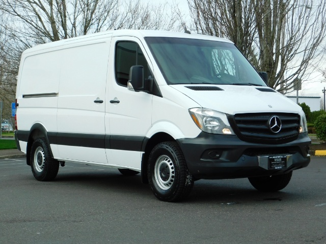 2014 Mercedes-Benz Sprinter Cargo Van 2500 144 WB / V6 DIESEL / Backup Cam - Photo 2 - Portland, OR 97217