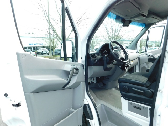2014 Mercedes-Benz Sprinter Cargo Van 2500 144 WB / V6 DIESEL / Backup Cam - Photo 13 - Portland, OR 97217