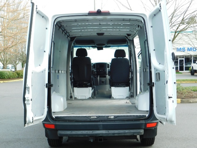 2014 Mercedes-Benz Sprinter Cargo Van 2500 144 WB / V6 DIESEL / Backup Cam - Photo 10 - Portland, OR 97217