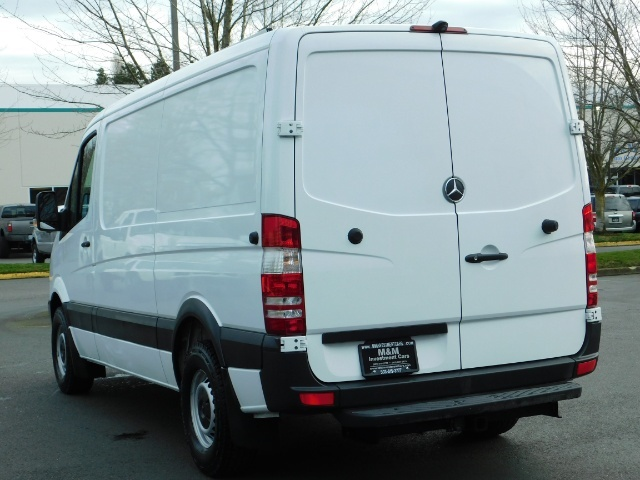 2014 Mercedes-Benz Sprinter Cargo Van 2500 144 WB / V6 DIESEL / Backup Cam - Photo 5 - Portland, OR 97217