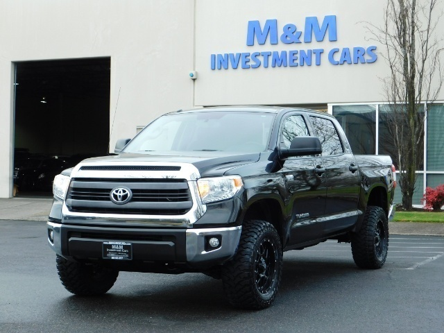 2015 Toyota Tundra SR5 Crewmax / Backup Cam / 1-OWNER / LIFTED LIFTED - Photo 1 - Portland, OR 97217