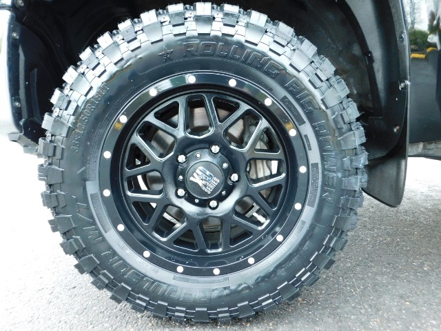 2015 Toyota Tundra SR5 Crewmax / Backup Cam / 1-OWNER / LIFTED LIFTED - Photo 22 - Portland, OR 97217