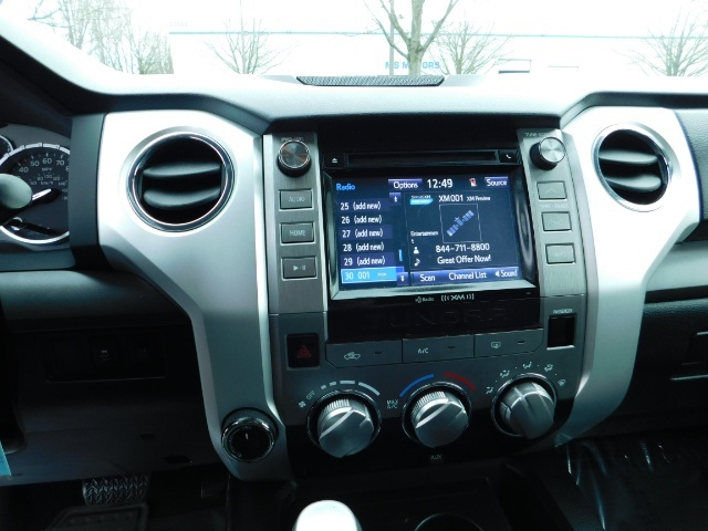 2015 Toyota Tundra SR5 Crewmax / Backup Cam / 1-OWNER / LIFTED LIFTED - Photo 39 - Portland, OR 97217