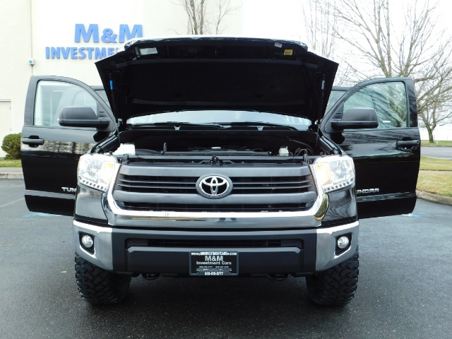 2015 Toyota Tundra SR5 Crewmax / Backup Cam / 1-OWNER / LIFTED LIFTED - Photo 32 - Portland, OR 97217