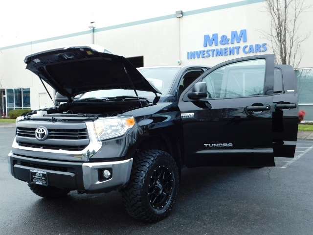 2015 Toyota Tundra SR5 Crewmax / Backup Cam / 1-OWNER / LIFTED LIFTED - Photo 25 - Portland, OR 97217