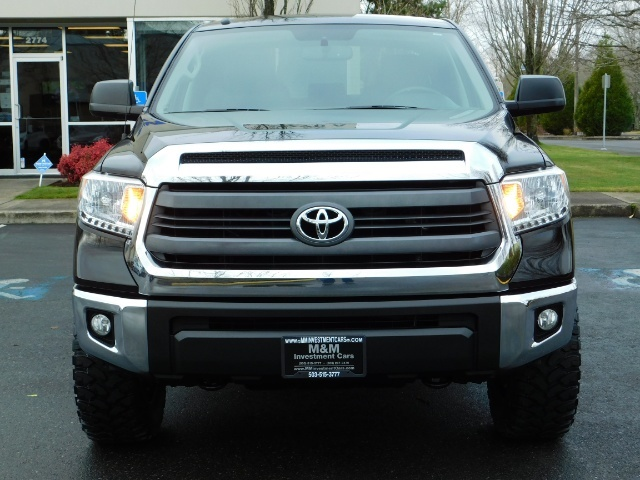 2015 Toyota Tundra SR5 Crewmax / Backup Cam / 1-OWNER / LIFTED LIFTED - Photo 5 - Portland, OR 97217