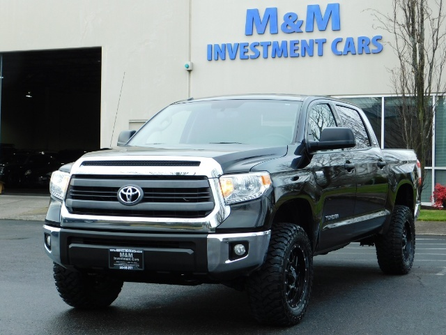 2015 Toyota Tundra SR5 Crewmax / Backup Cam / 1-OWNER / LIFTED LIFTED - Photo 46 - Portland, OR 97217