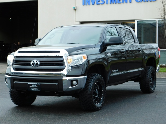 2015 Toyota Tundra SR5 Crewmax / Backup Cam / 1-OWNER / LIFTED LIFTED - Photo 45 - Portland, OR 97217